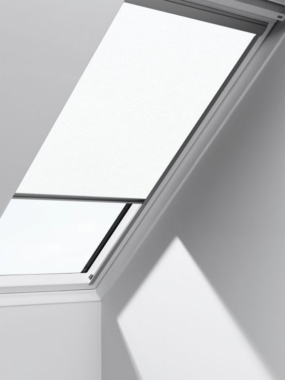 velux solar sichtschutzrollo rsl standard 1028 weiss uni dachmax dachfenster shop velux fakro. Black Bedroom Furniture Sets. Home Design Ideas