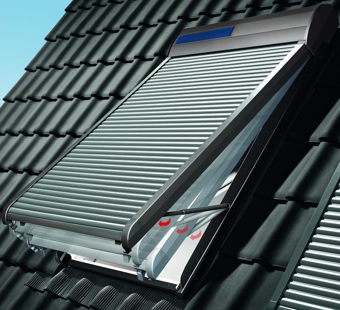 Velux rollladen ausstellarm zoz 217 dachmax dachfenster shop velux fakro roto kunststoff holz - Dachfenster mit rolladen ...
