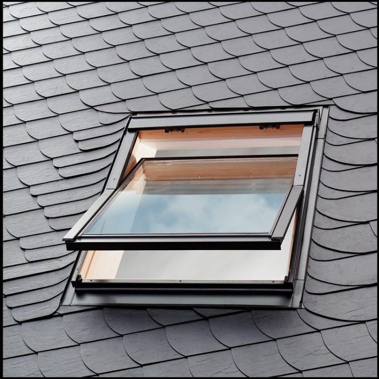 einbau von velux dachfenster dachmax dachfenster shop velux fakro roto kunststoff holz weiss. Black Bedroom Furniture Sets. Home Design Ideas