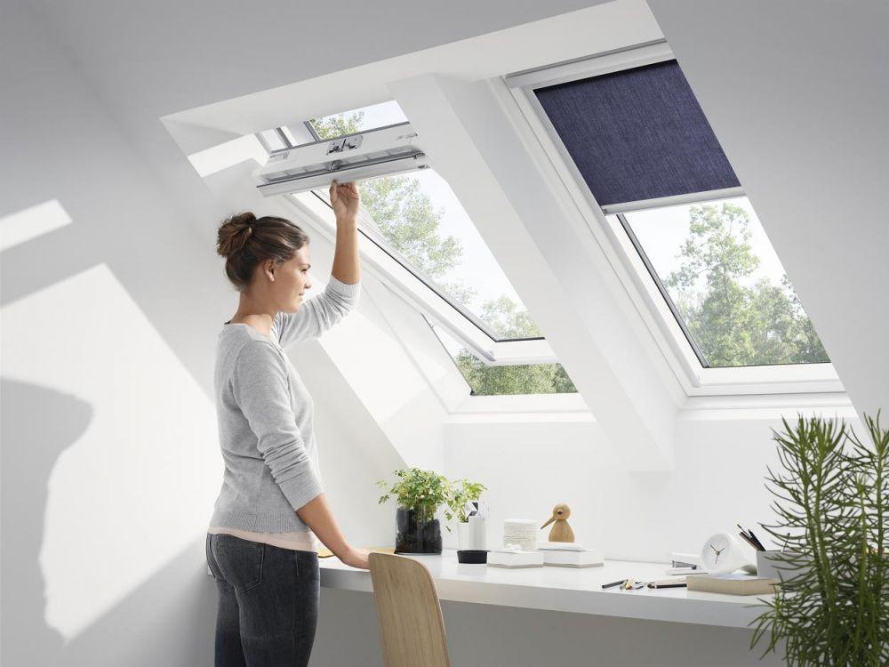 dachfenster velux glu 0061 3 fach verglasung energie ug 0 6 uw 1 1 schwingfenster aus. Black Bedroom Furniture Sets. Home Design Ideas
